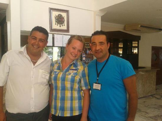 Tuntas Beach Hotel Altinkum : Charlie, Mia and Nida