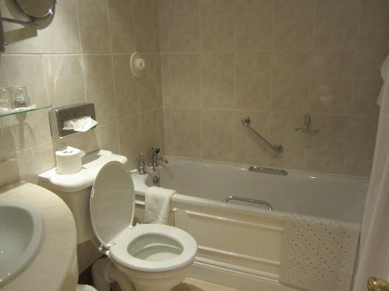 Granville Hotel : Nice Bathroom