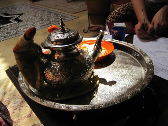 Riad Viva: Mint tea on arrival