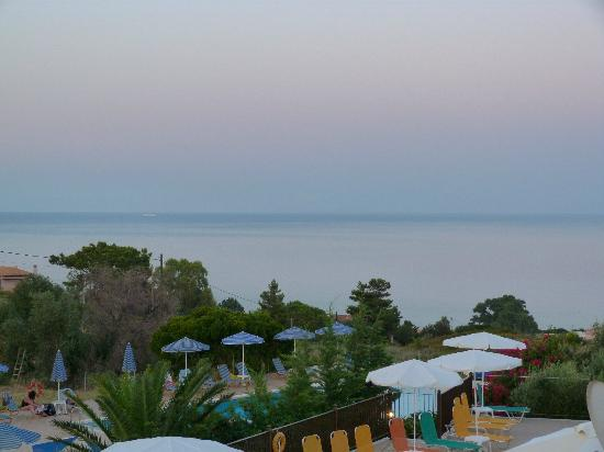 Livadaki Village Hotel: Sunset from the room