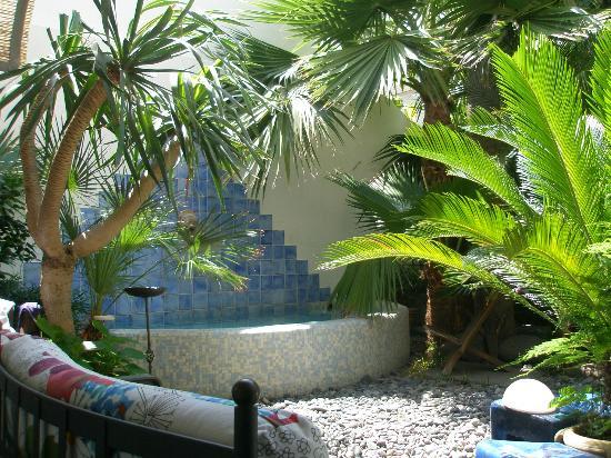 Casajanca: Piscina di acqua termale