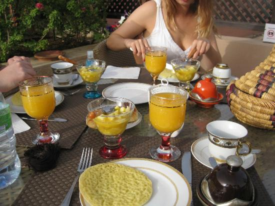 Riad Viva: Best time of day, breakfast at the Riad.