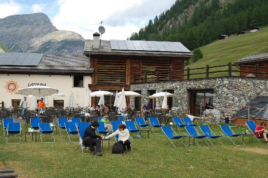Latteria di Livigno: Terrazzo = relax!