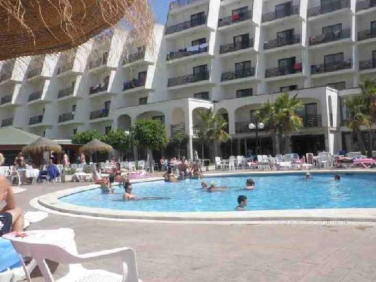 TRH Magaluf: The pool