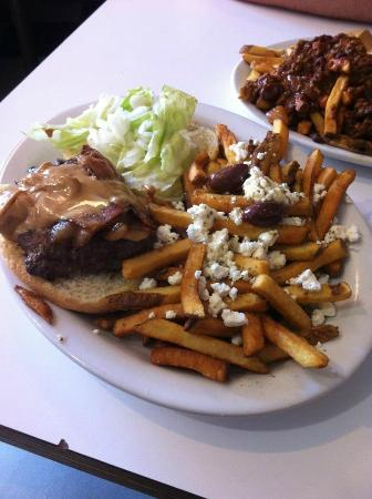 Prince Albert's Diner: wally burger and greek fries