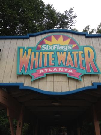 Marietta, GA: White Water entrance