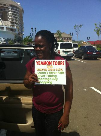 Yeamon Tours: Our tour guide
