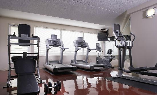 Four Points by Sheraton Winnipeg International Airport : Gym Facility