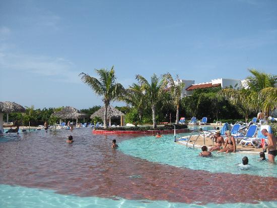 Cayo Santa Maria (เกาะคาโย ซานตา มารีอา), คิวบา: Main pool