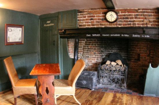 The Greyhound Inn: Front Bar