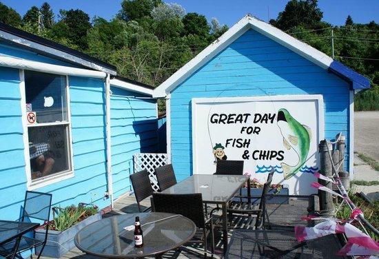 Goderich Harbour Restaurant: Outside Patio