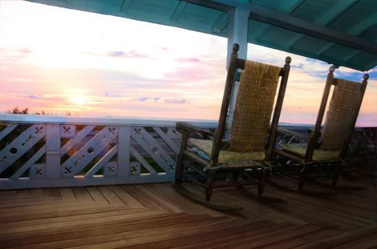 The Samoset On The Sound: porch