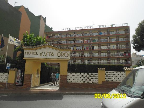 Port Vista Oro: front of hotel