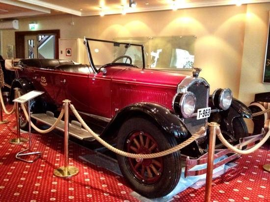 Hotel Union Geiranger: old cars collection