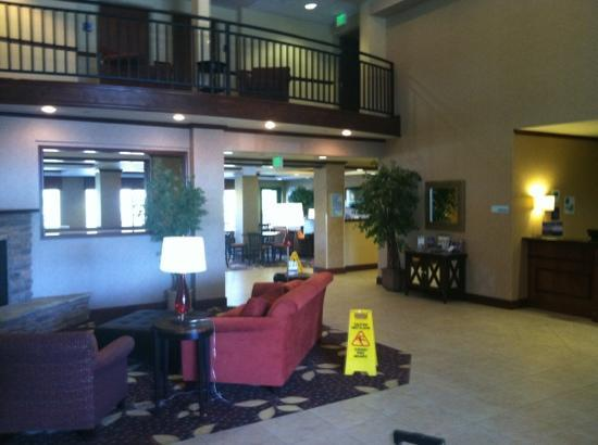 Holiday Inn Express Hotel & Suites Sandpoint North: lobby