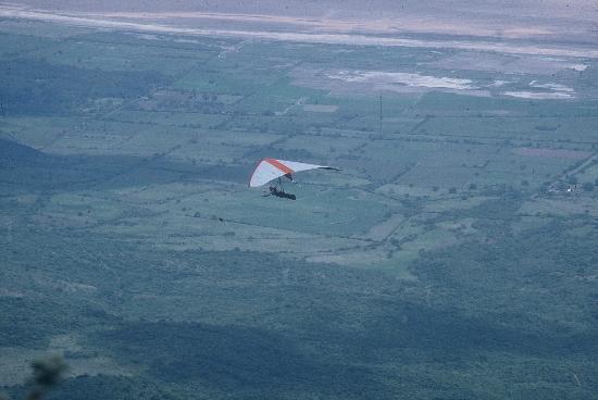 El Meson Del Ticuz: vuelo en ala delta