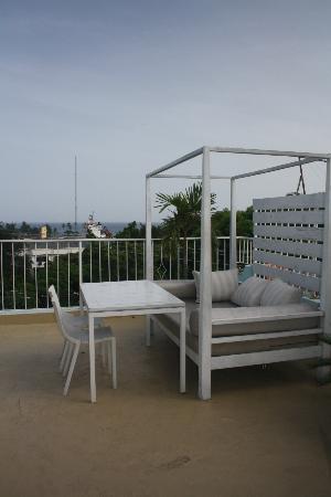 Hotel Portes 9: Roof-top bar