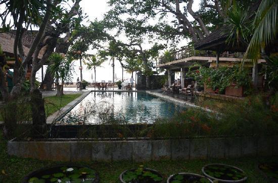Tandjung Sari Hotel: Sunrise
