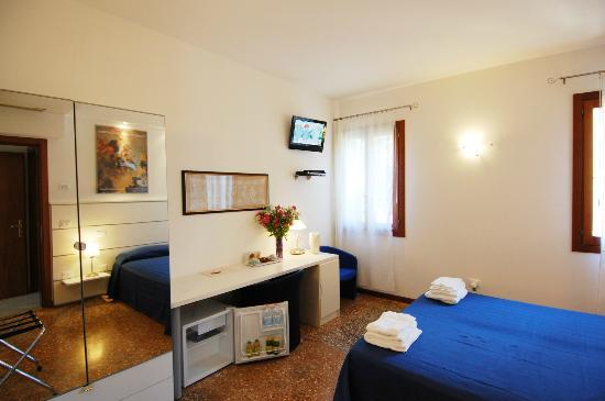 Santa Margherita Guesthouse: filename__zara_jpg_thumbnail0_jpg