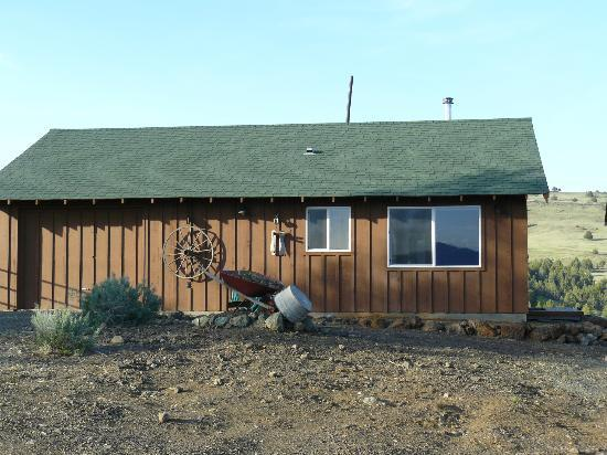 Inn at Juniper Ridge: Exterior Cowboy Suite