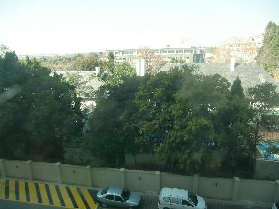 Holiday Inn Sandton - Rivonia Road: Room view 3rd fl.