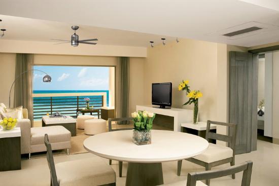 Secrets Silversands Riviera Cancun : Master Suite