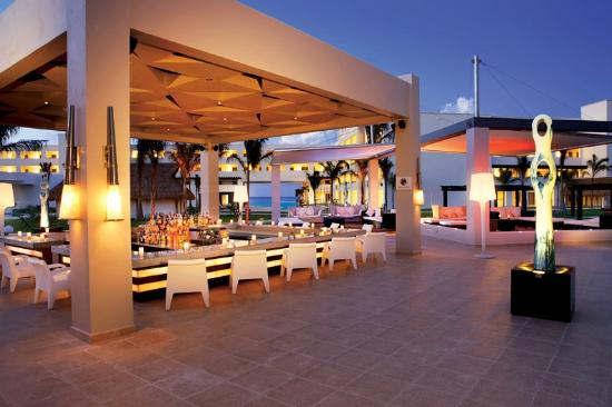 Secrets Silversands Riviera Cancun: Veranda Bar