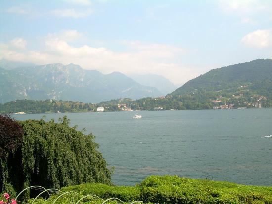 Asnigo Hotel: Veduta dalla Villa Carlotta di Tremezzo