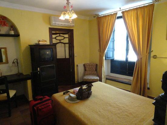Hotel San Gabriel: std room