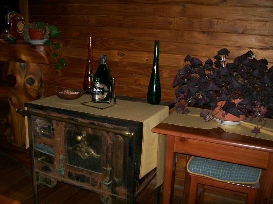 Hosteria Portal De Piedra: MUY LINDA DECORACION