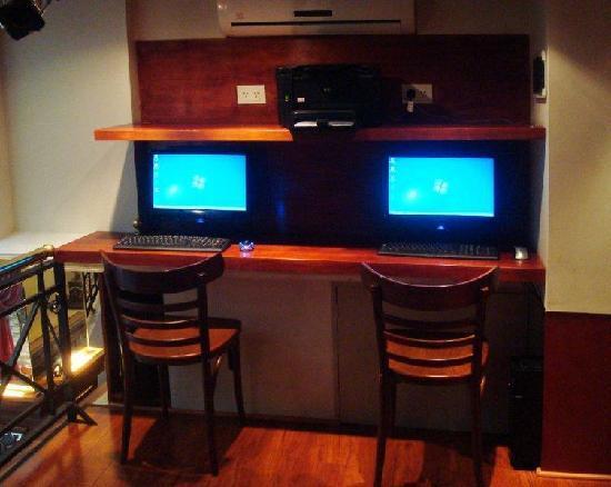 Tanguero Boutique Hotel: sala computacion