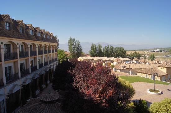 Hotel RL Ciudad de Ubeda: Vue de la chambre sur le parc