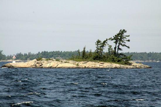 Miss Midland  Boat Cruises: Rocky island