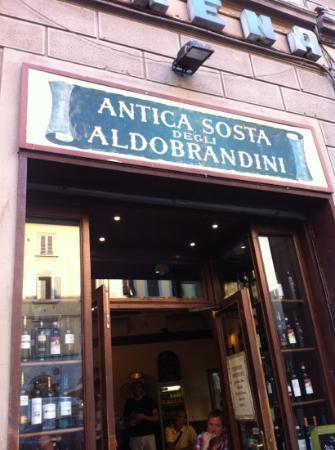 Antica Sosta degli Aldobrandini : Tasty crostini & wine in a traditional corner bar