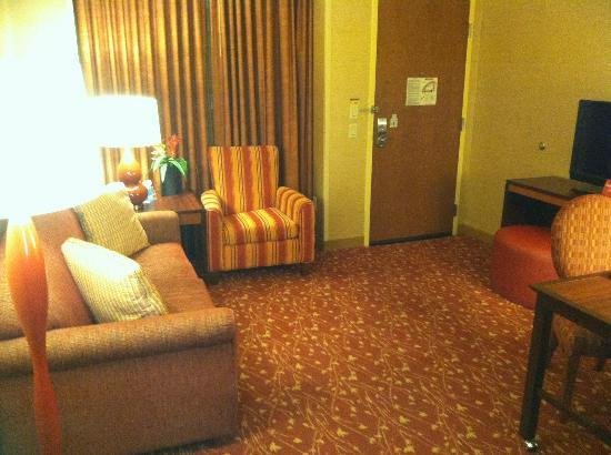 Embassy Suites by Hilton Loveland - Hotel, Spa and Conference Center: Living area of our suite