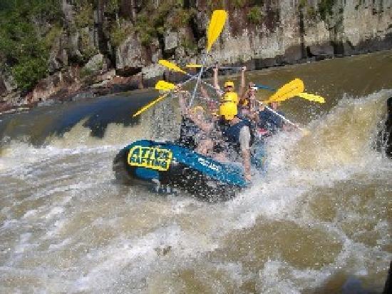 Ativa Rafting e Aventuras