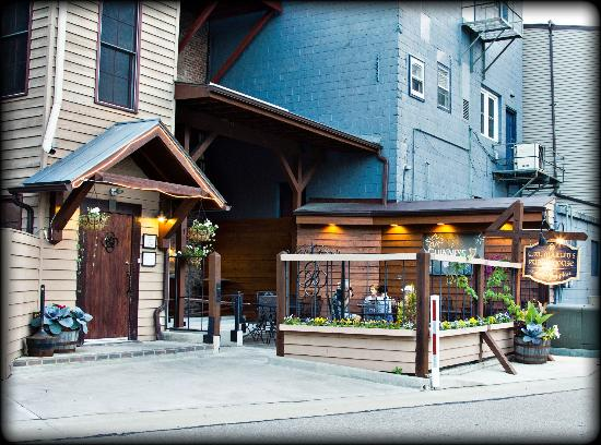 T-Dub's Public House: Entrance to The Pub along the Waupaca River