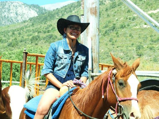 Mount Charleston Riding Stable: Preparing for the ride