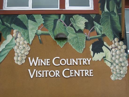 Penticton & Wine Country Visitor Centre: At the entrance