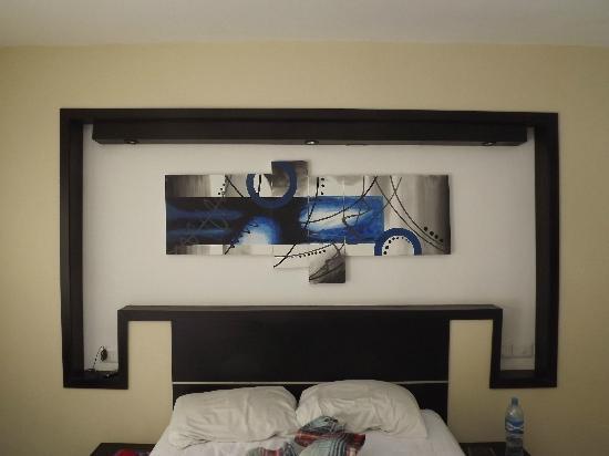 Maya Bric Hotel: room