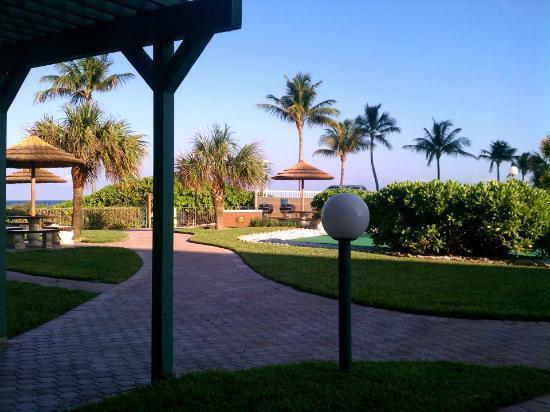 Native Sun Resort: Cooking Area 