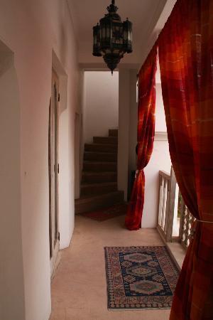 Riad Safa: hallway