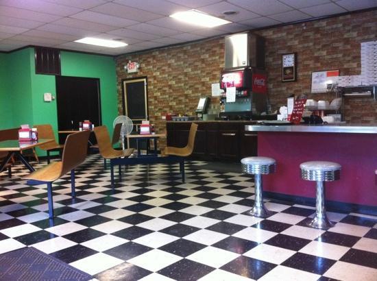 Aardvark Kafe: inside