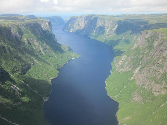 Gros Morne Flights: Western Brook Pond from the air
