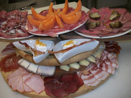 Sant'Omobono Terme, Italy: il tagliere maxi