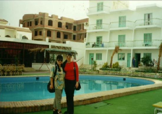 Zak Royal Wings Hotel: The swimming pool