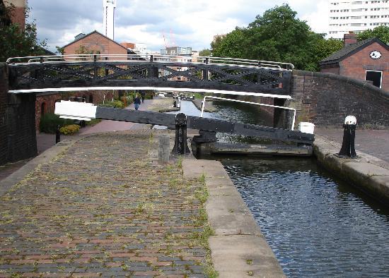 Birmingham Marriott Hotel: Birmingham Canal
