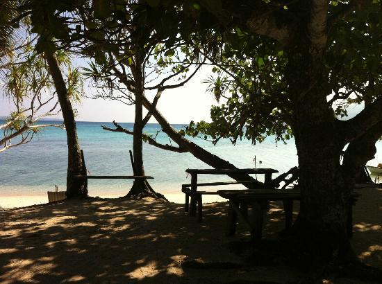 Pele Island: Tranquil setting for lunch