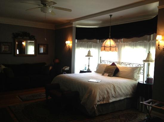 The Oliver Inn: My suite