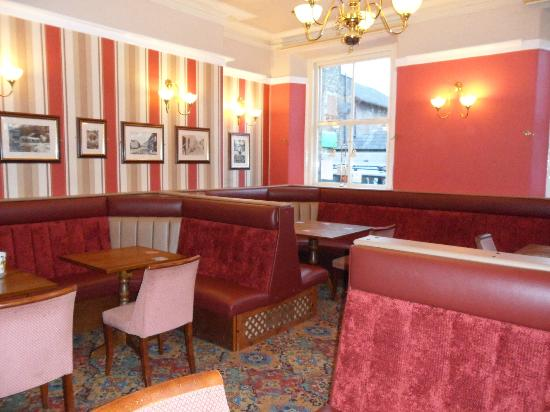 Royal Station Hotel: newly refurbished lounge